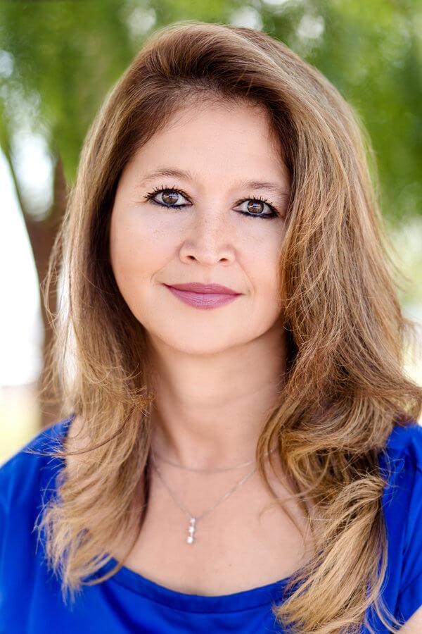 Loan Officer Lorraine Lopez